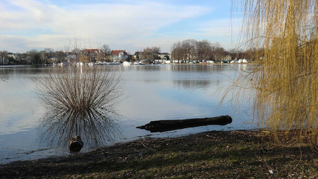 Bootsplatz vom Babelberger Park aus